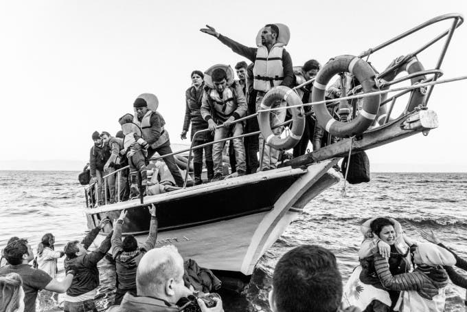 9 Photo Essays of Refugees You Need to See
