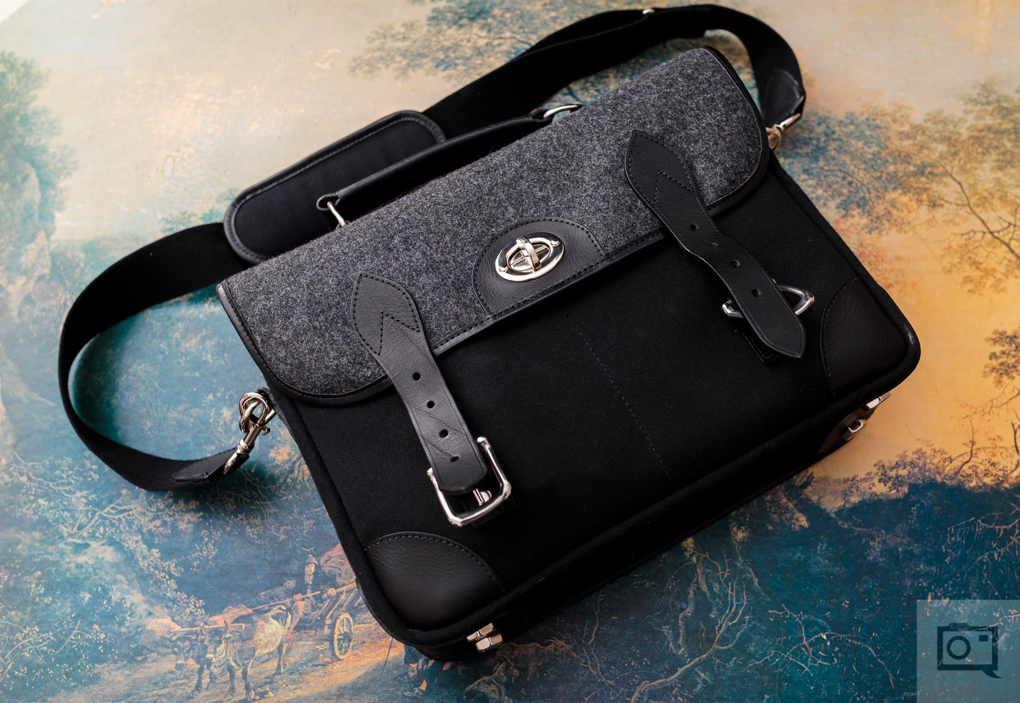 Review: Hawkesmill Sloane Street Camera Bag