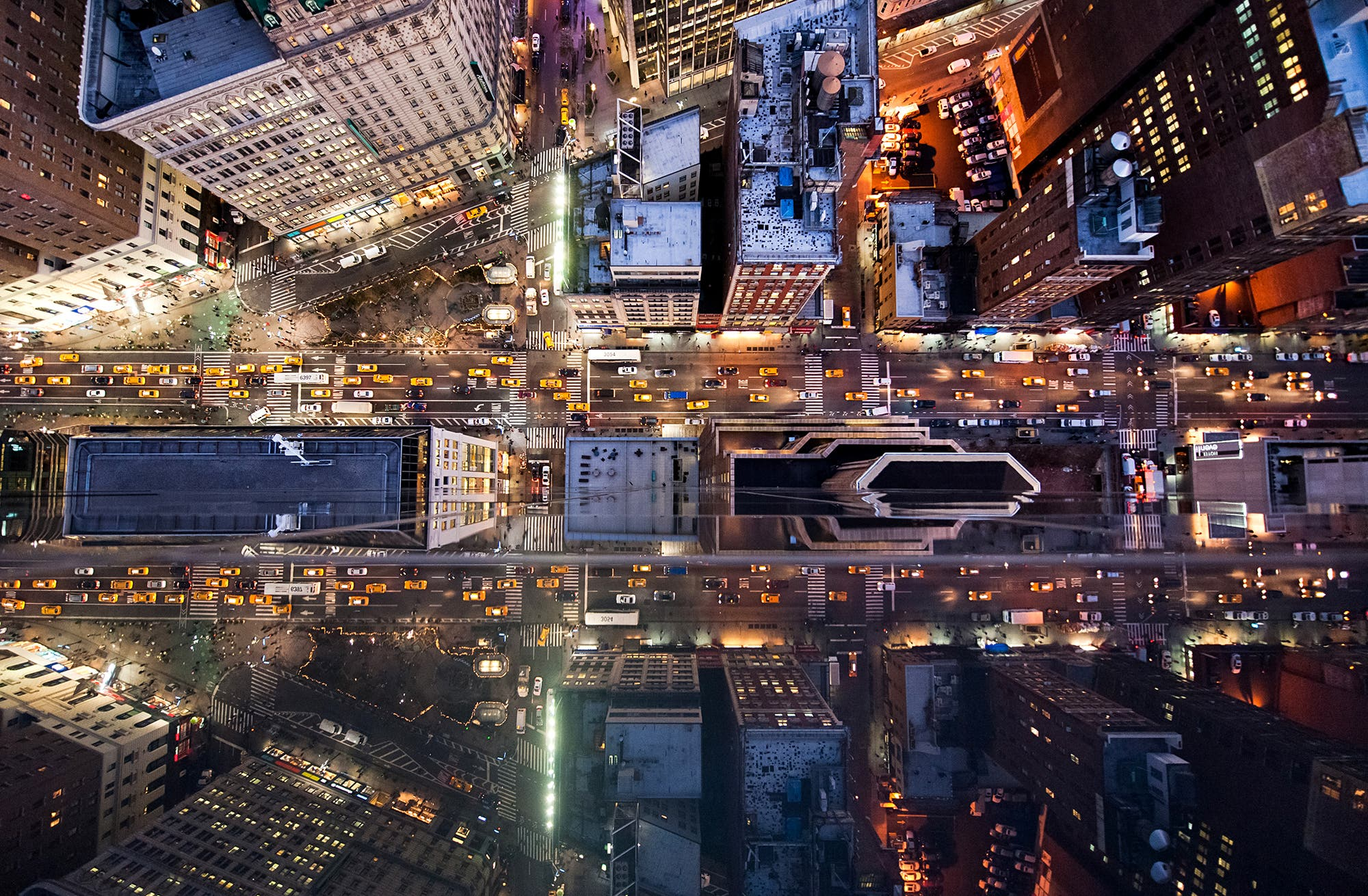 Intersection: Navid Baraty's Study of Urban Geometry