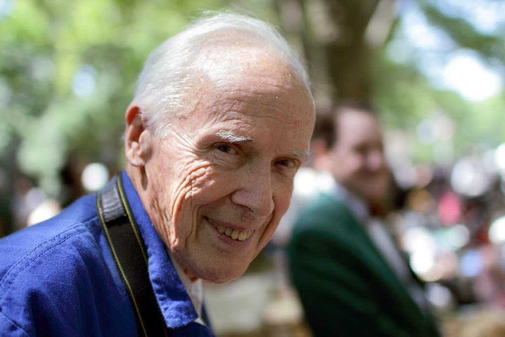 NYTimes Photographer Bill Cunningham Dies at 87