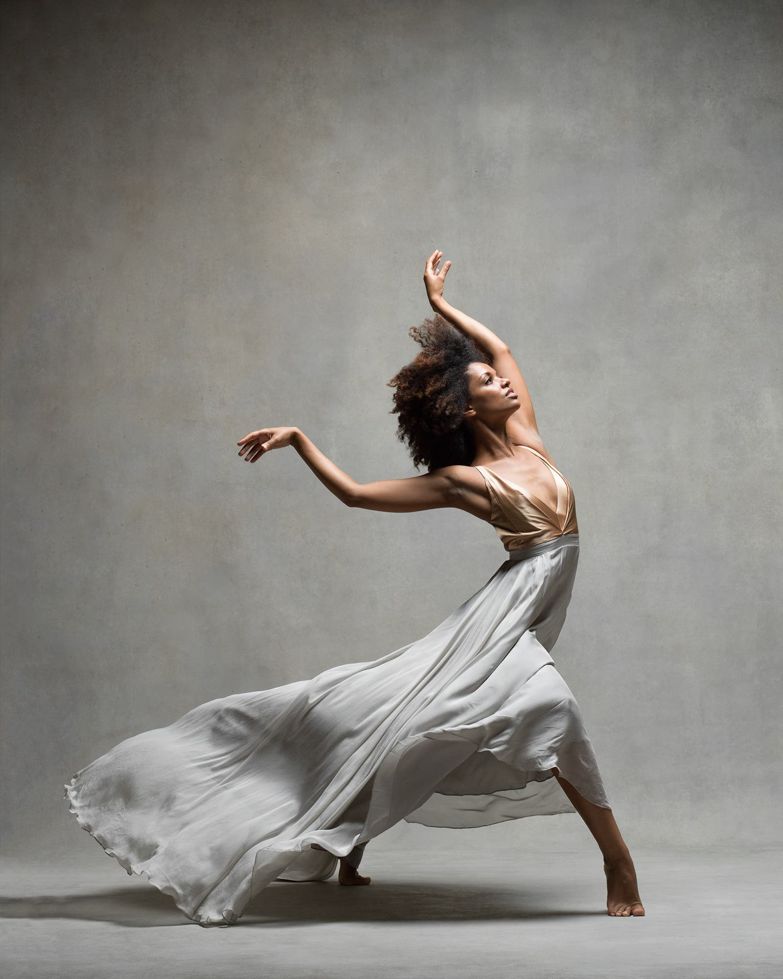 Collaborating with Dancers in the Studio as a Photographer