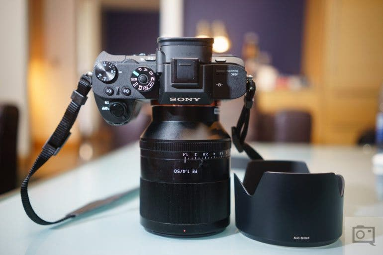 Chris Gampat The Phoblographer Sony Zeiss 50mm f1.4 FE product images review (5 of 8)ISO 4001-80 sec at f - 2.8