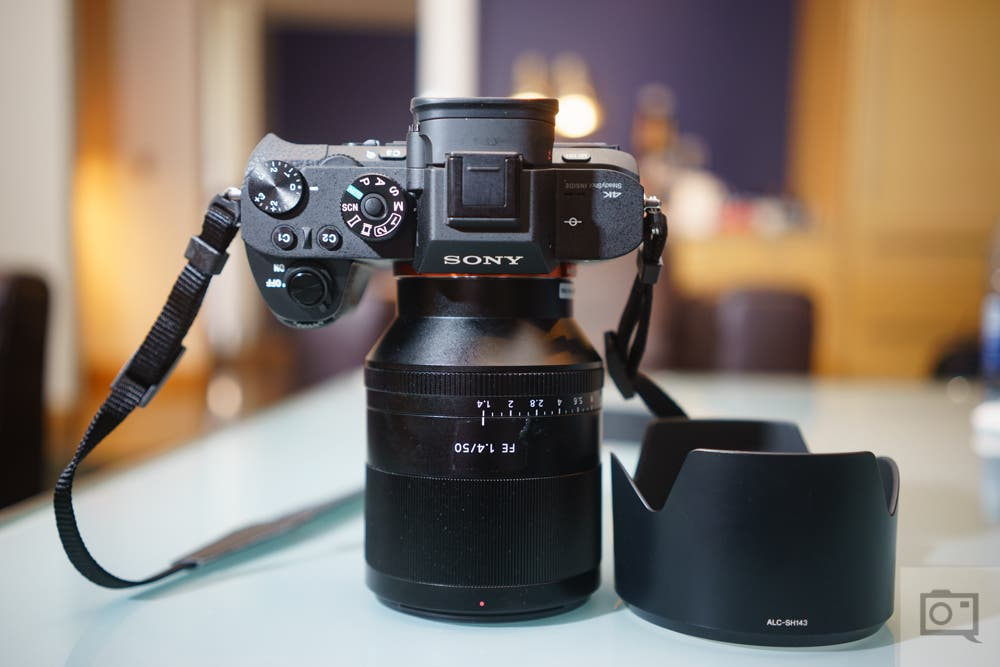 sony 50mm 1 4. chris gampat the phoblographer sony zeiss 50mm f1.4 fe product images review (5 1 4 f