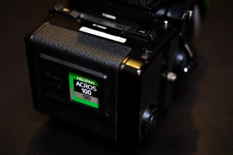 Edward_Inzauto-Bronica_ETRS_Review-17480