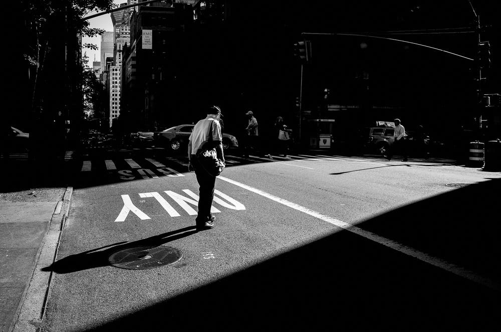 Focusing On Light, Photographer Dimitri Keungueu Captures The Frenzy of Midtown in his 8am /8pm Project