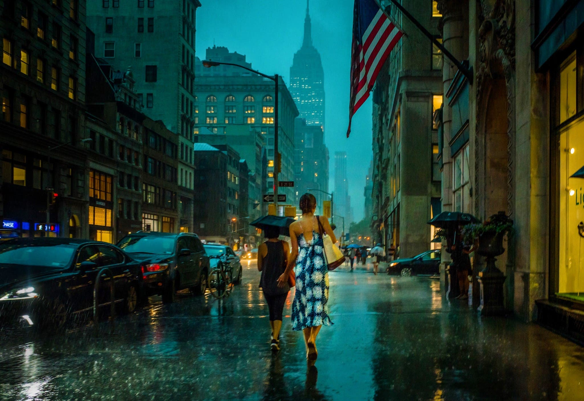 Michele Palazzo's Images of NYC in the Rain Evoke a Painterly Beauty