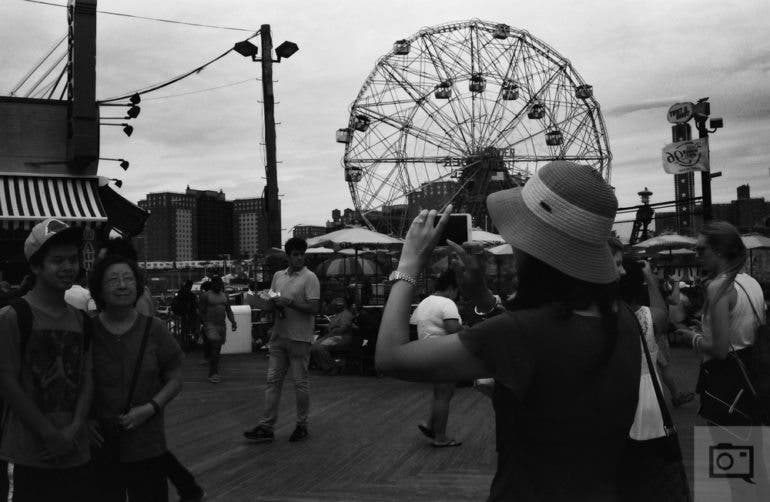 chris-gampat-the-phoblographer-jch-street-pan-400-sample-images-13-of-40