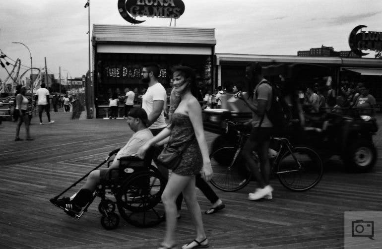 chris-gampat-the-phoblographer-jch-street-pan-400-sample-images-15-of-40