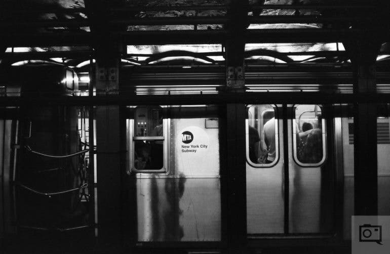 chris-gampat-the-phoblographer-jch-street-pan-400-sample-images-22-of-40