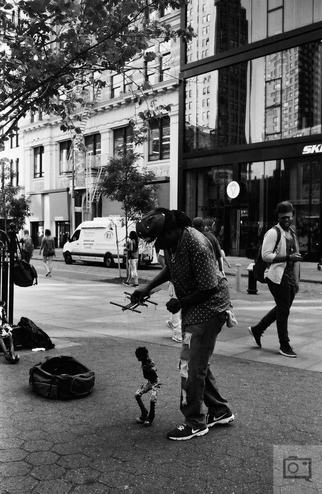 chris-gampat-the-phoblographer-jch-street-pan-400-sample-images-25-of-40