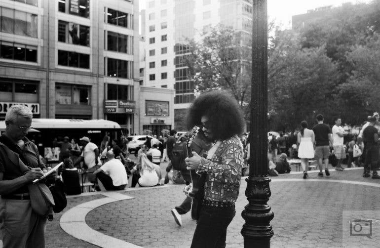 chris-gampat-the-phoblographer-jch-street-pan-400-sample-images-26-of-40