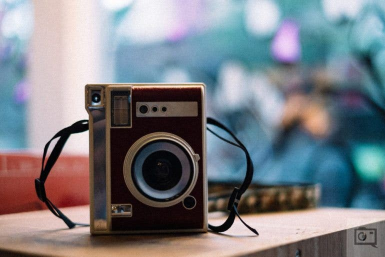 Chris Gampat The Phoblographer Lomography Lomo'Instant Automat product images first impressions (1 of 10)ISO 16001-600 sec at f - 1.4