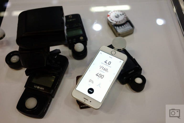 chris-gampat-the-phoblographer-lumu-power-light-meter-for-aoole-iphone-11-of-13iso-16001-640-sec-at-f-2-8