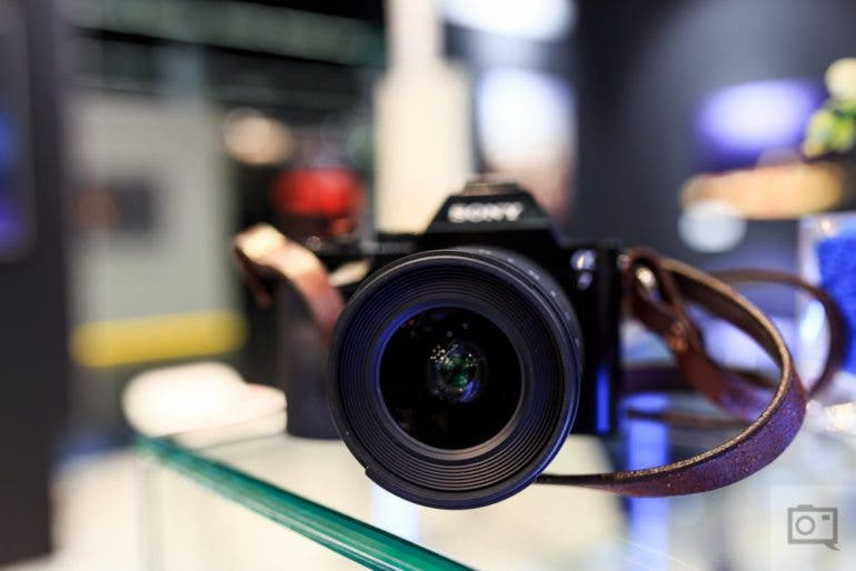 chris-gampat-the-phoblographer-tokina-20mm-f2-firin-lens-first-impressions-product-photos-3-of-7iso-4001-80-sec-at-f-2-8