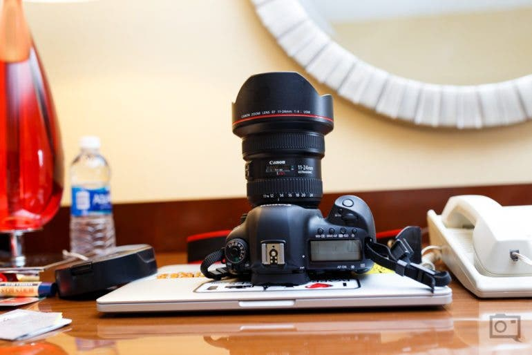 chris-gampat-the-phoblographer-canon-11-24mm-f4-l-usm-lens-review-product-images-11-of-11iso-4001-50-sec-at-f-2-8