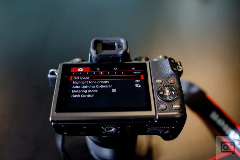 chris-gampat-the-phoblographer-canon-m5-first-impressions-product-photos-9-of-14iso-4001-125-sec-at-f-2-0