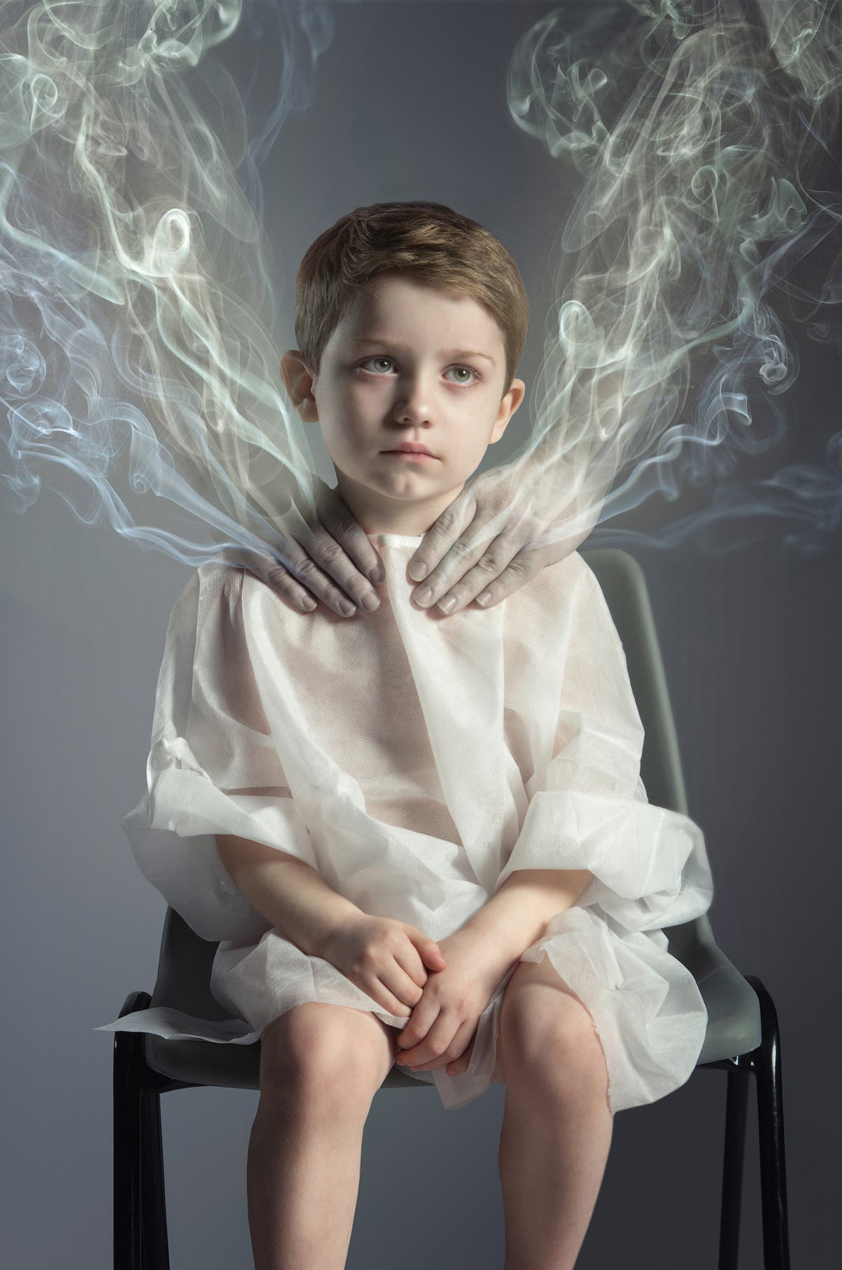 Lee Høwell Promotes Anti Passive Smoking Awareness Through Photography