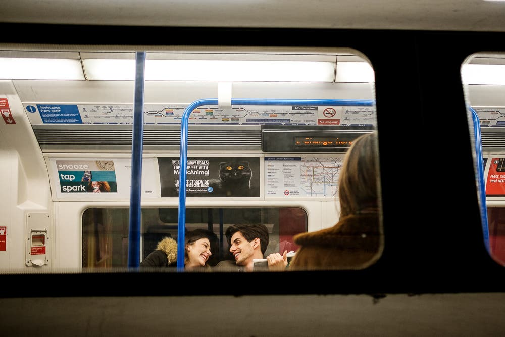 24 Hours on the Night Tube: Street Photos From a City Dweller