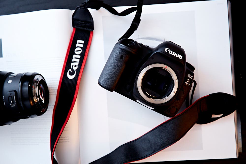 Cheap Photo: Save $1,705 on the Excellent Canon 5D Mk IV, and a Ton on Other Photography Deals