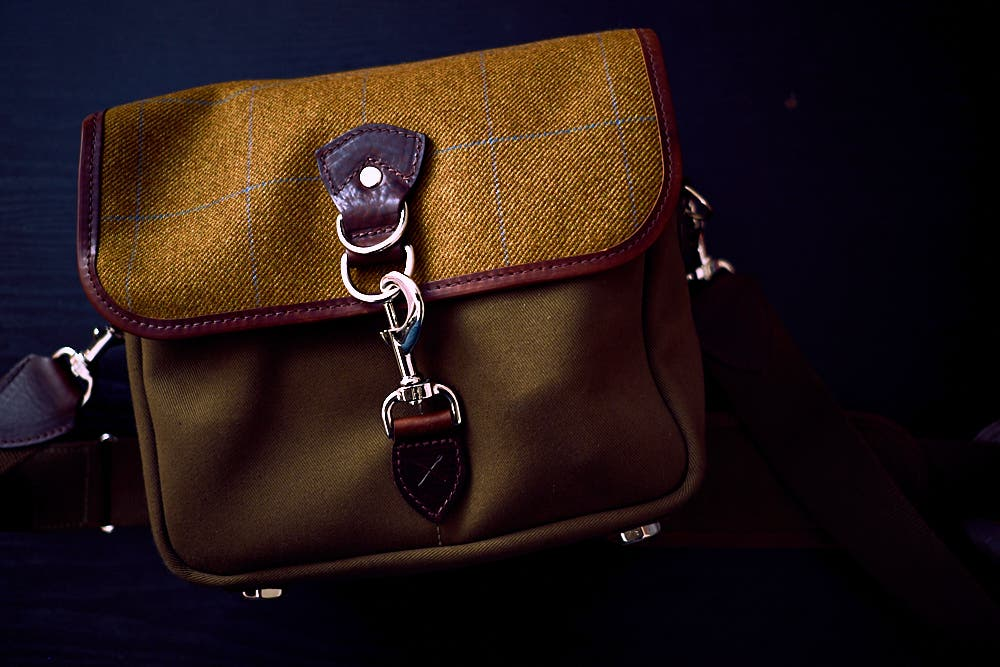 chris-gampat-the-phoblographer-hawkesmill-small-jermyn-street-bag-fujifilm-x-pro1-review-23mm-f2-iso200-1-125s-image-samples-1