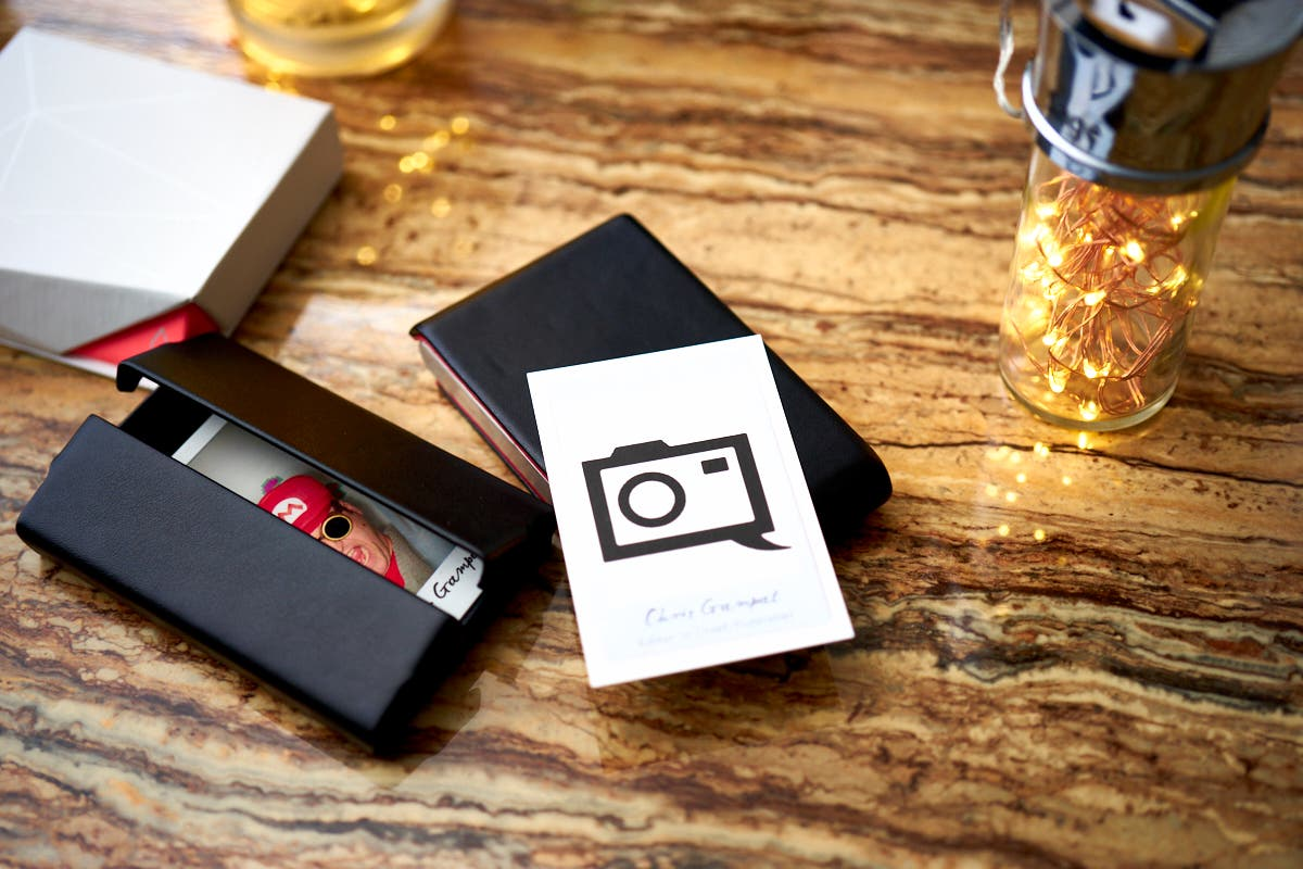 Review Moo s NFC Business Cards for graphers