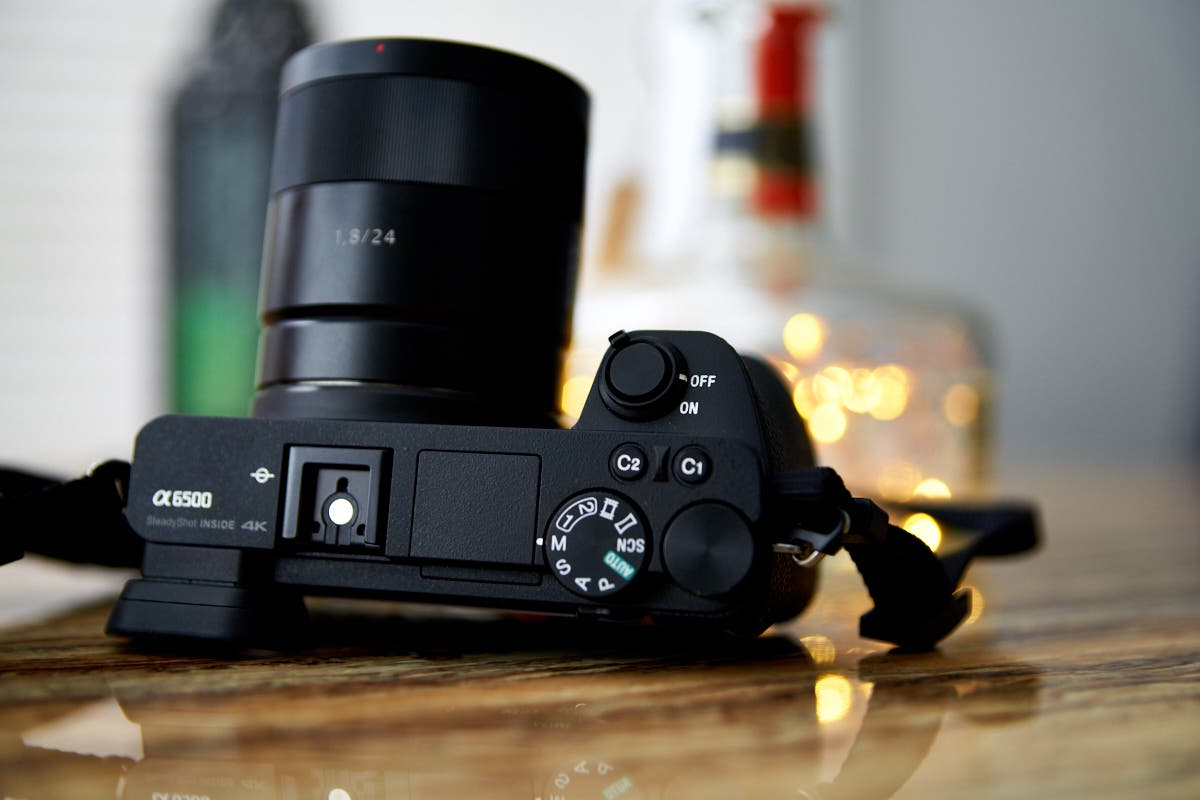 Speed Demons: 4 Mirrorless Cameras With Fast Autofocus