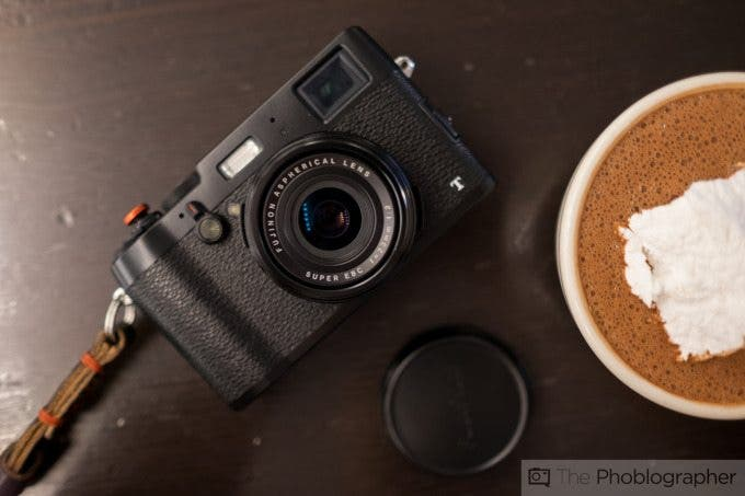The Fujifilm X100F Reported to Not Have a Tilt Screen