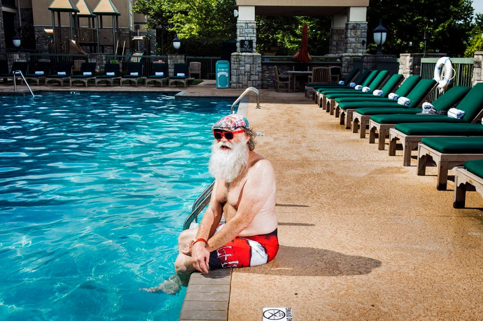Photos from The World's Largest Santa Claus Convention