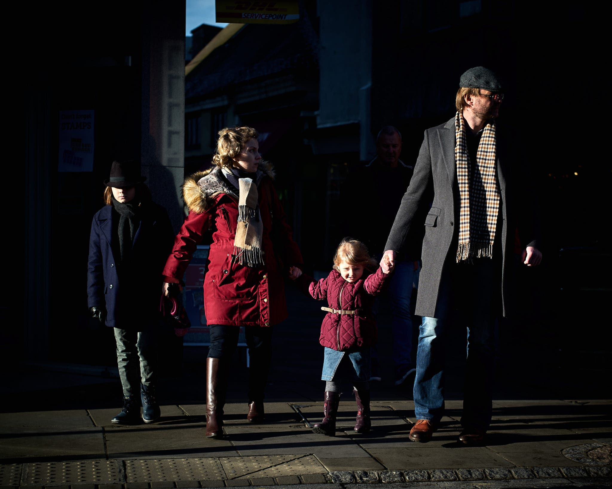 Greg Turner's Candid Street Portraits Use Light in a Gorgeous Way