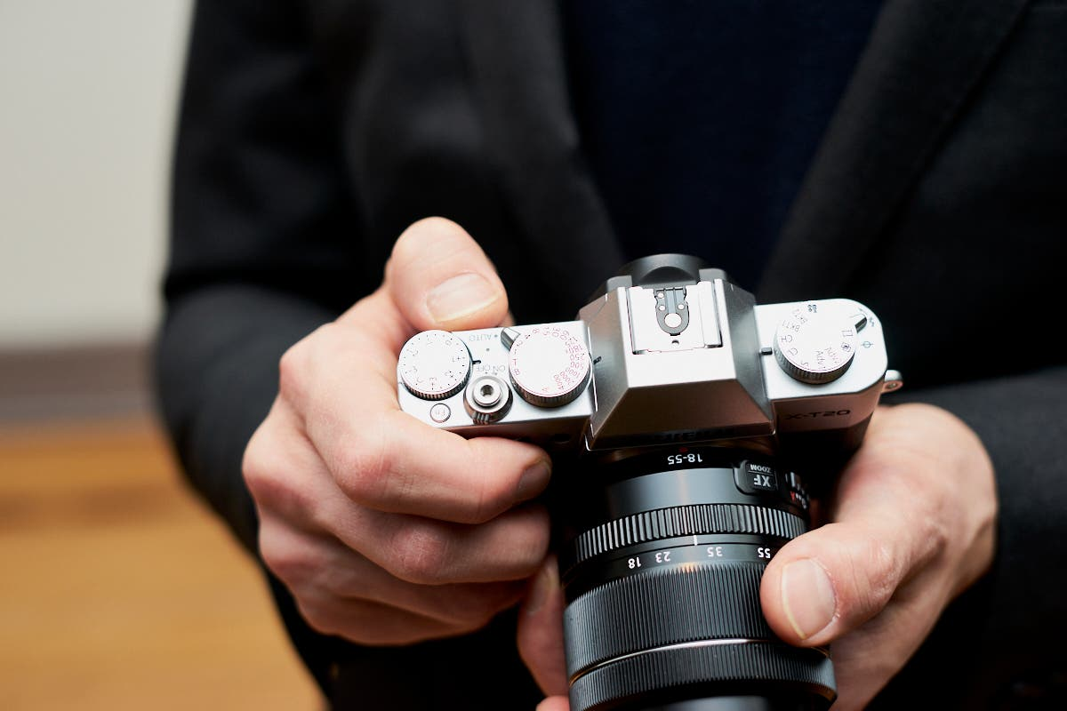 Why the Rumored Fujifilm X-T100 Is Sorely Needed