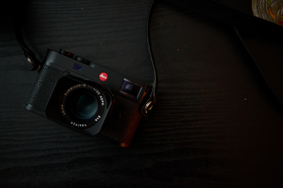 Review: Leica M10 (The Smallest Digital M Series Camera Made)