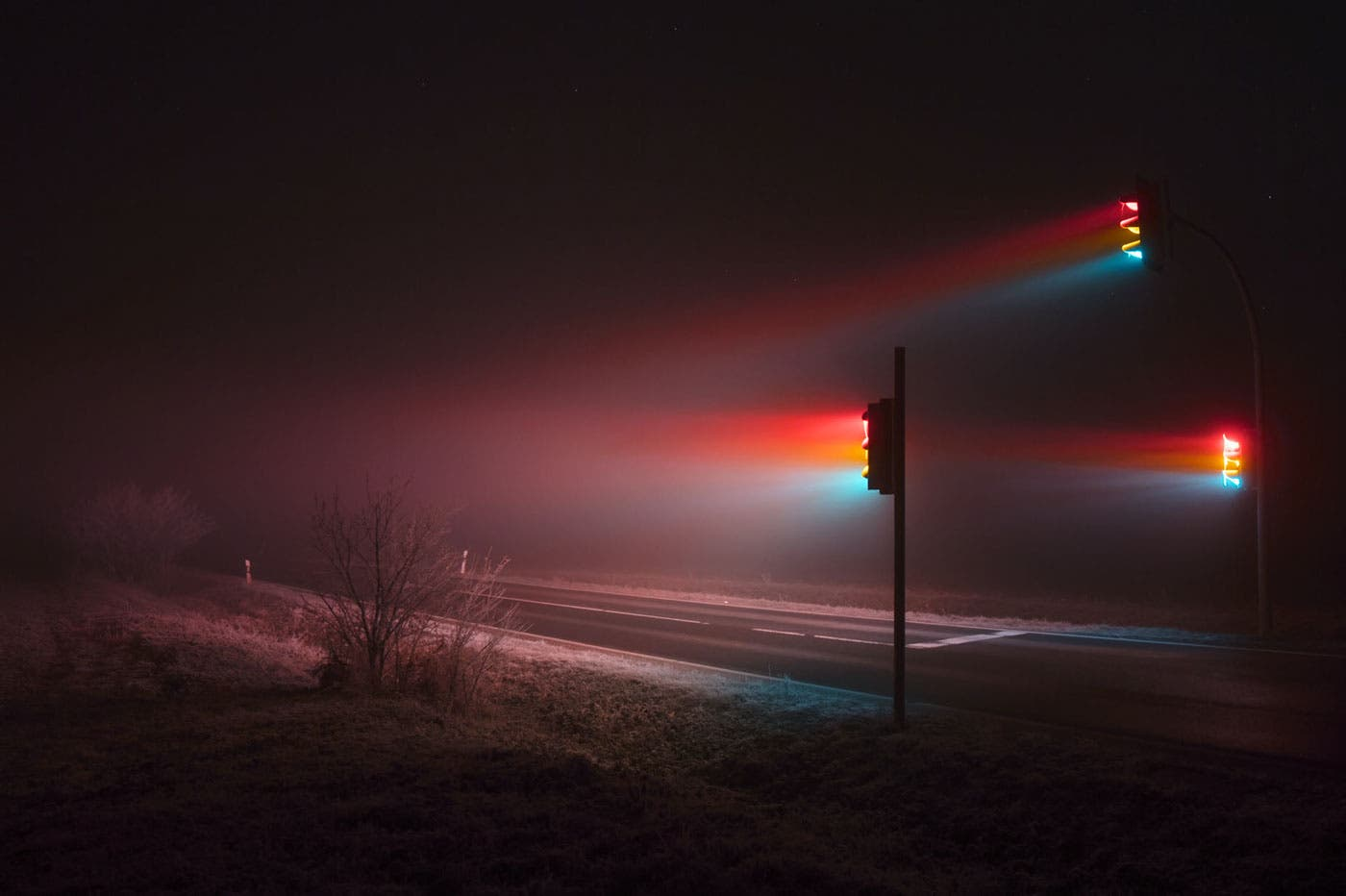 Lucas Zimmermann Captures Astounding Images Of Traffic Light Beaming Through Mist
