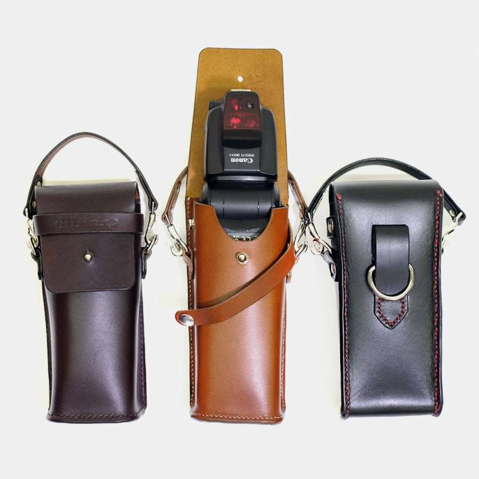 RL Handcrafts' Quickdraw Flash Pouch is a Fancy Leather Flash Holder