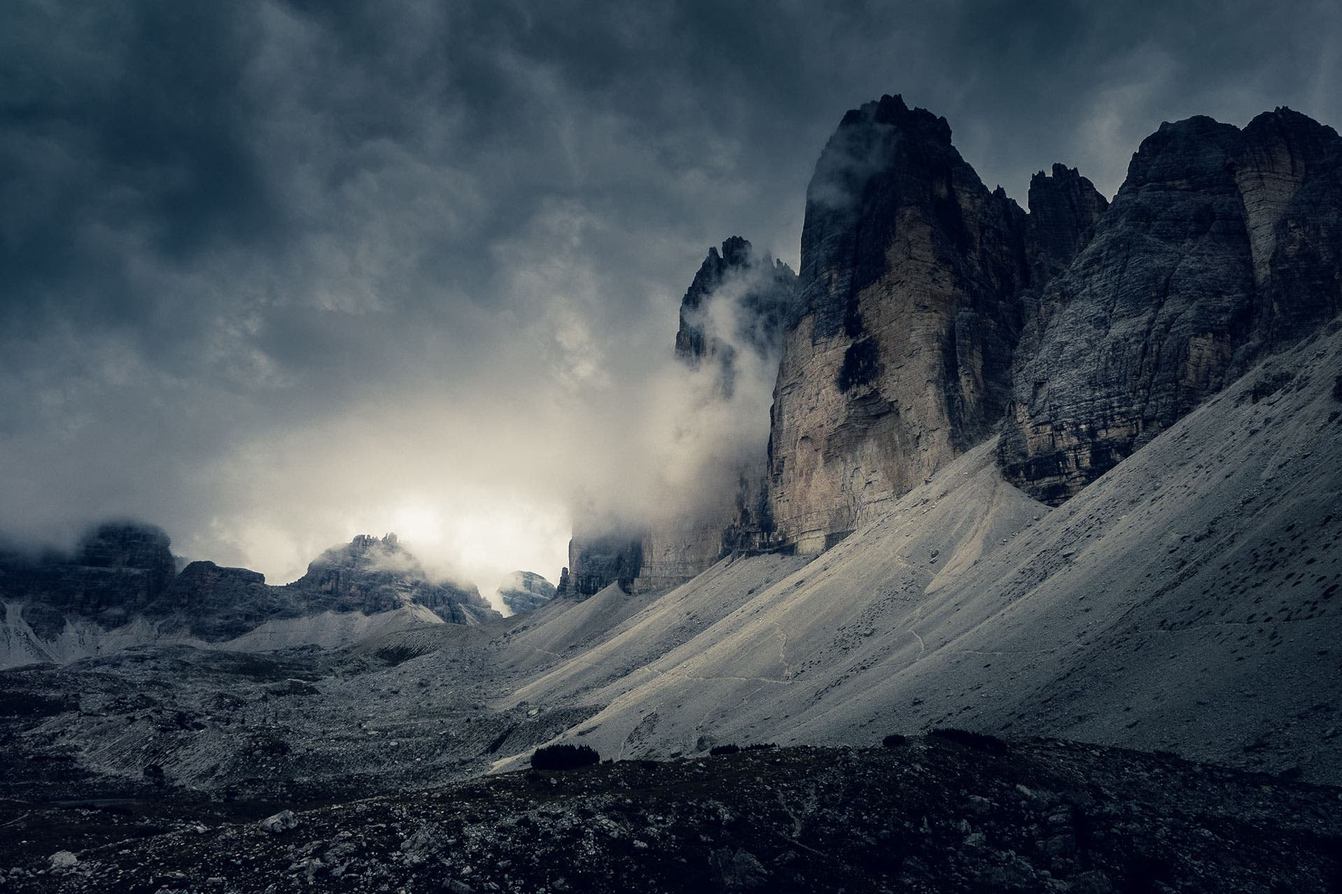 Andreas Levers Captures Surreal Dolomites Landscapes