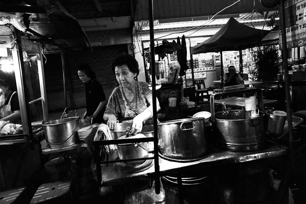 Sample Images: Tokina 20mm f2 FiRIN Lens (Food and Street Photography in Bangkok)