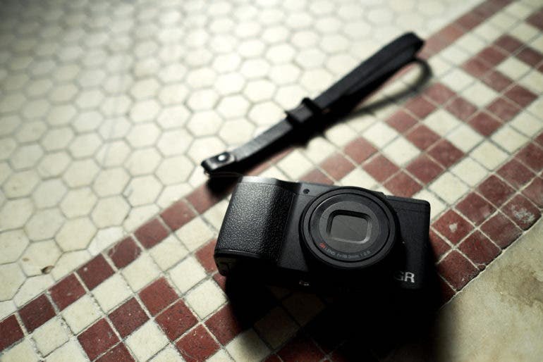 Review: Ricoh GR II (One of the Best Compact Cameras We've