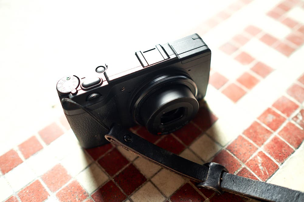 Ricoh GR-E Reported to Have 36MP Curved Full Frame Sensor, 28mm f2.4 Lens