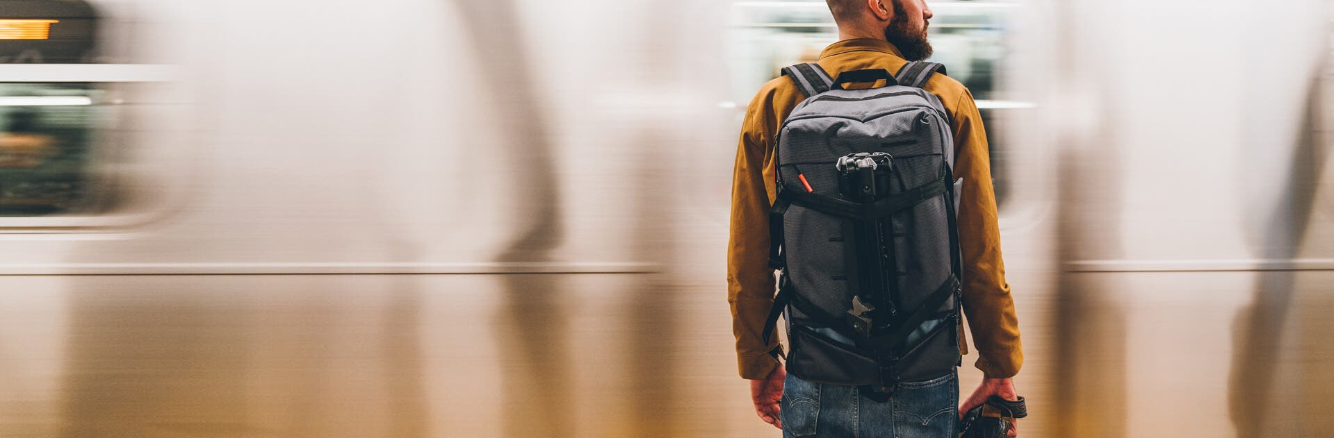 Manfrotto's New Manhattan Lineup of Bags Target the NYC Photographer