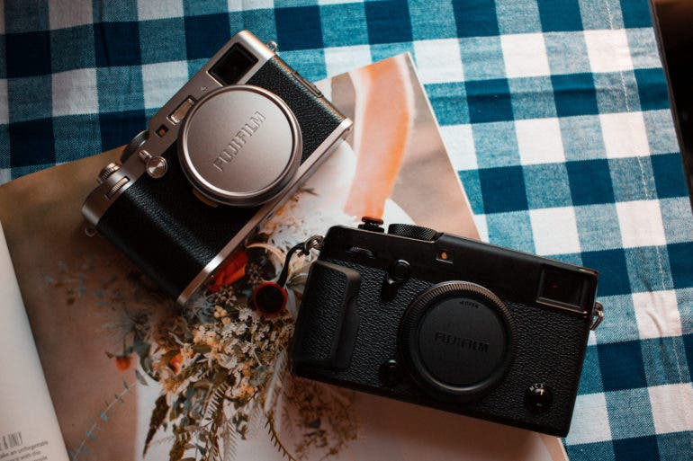 Which One: Fujifilm X100F or Fujifilm X-Pro2 with Fujifilm