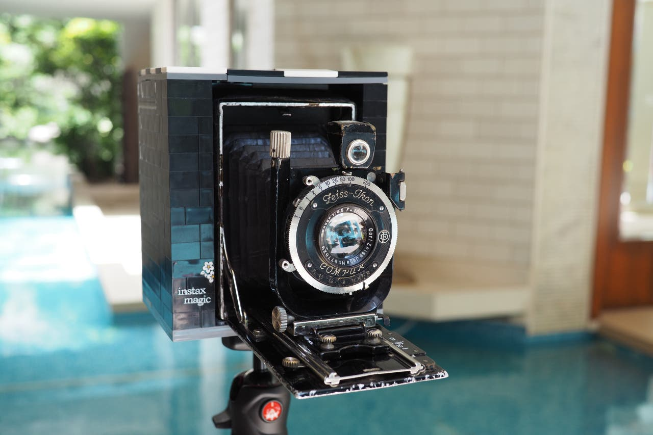 Hacking a 90 Year Old Zeiss Camera Using Legos to Shoot Fujifilm Instax