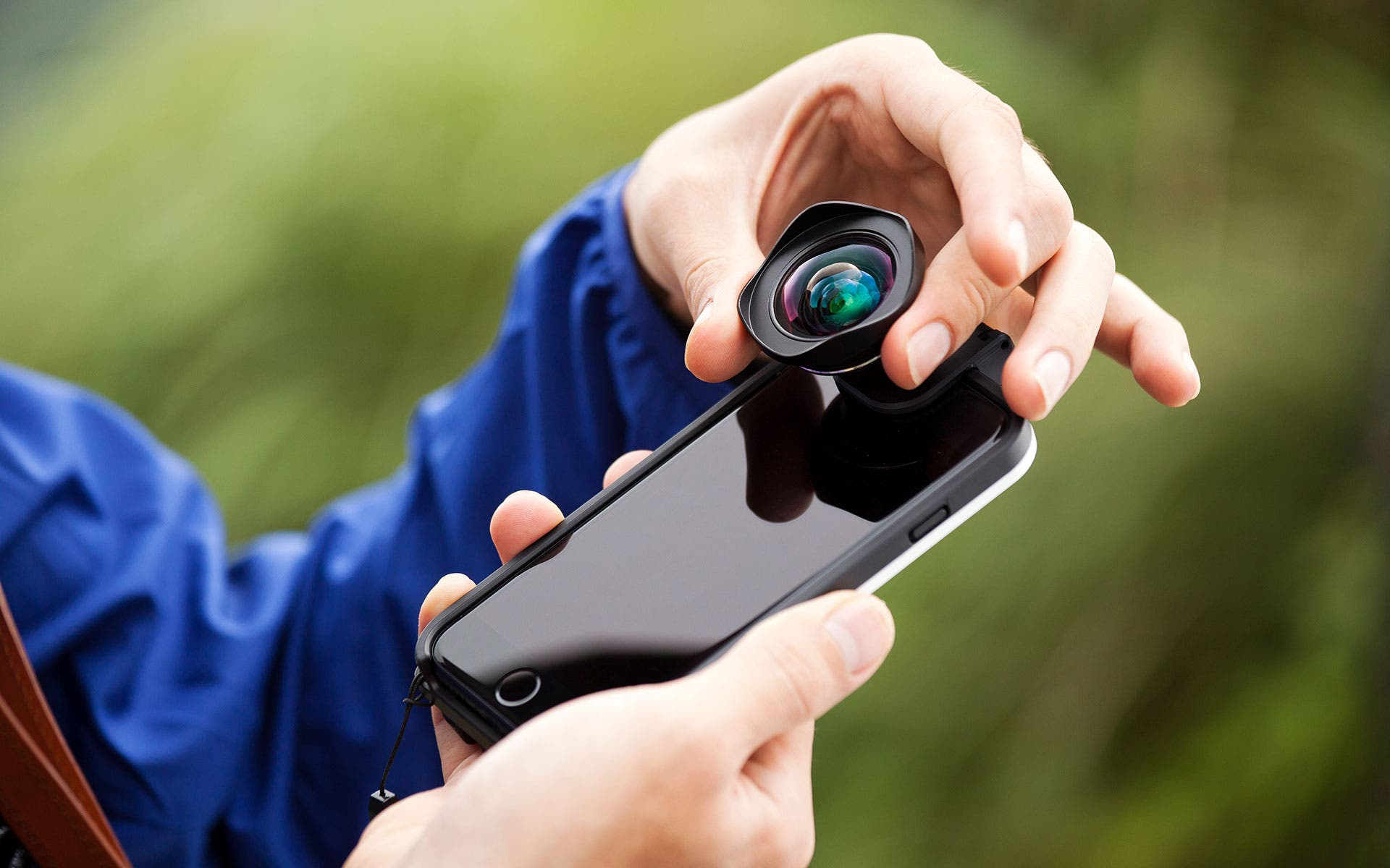 Bitplay's New CLIP For iPhone Works With All Bitplay Lenses