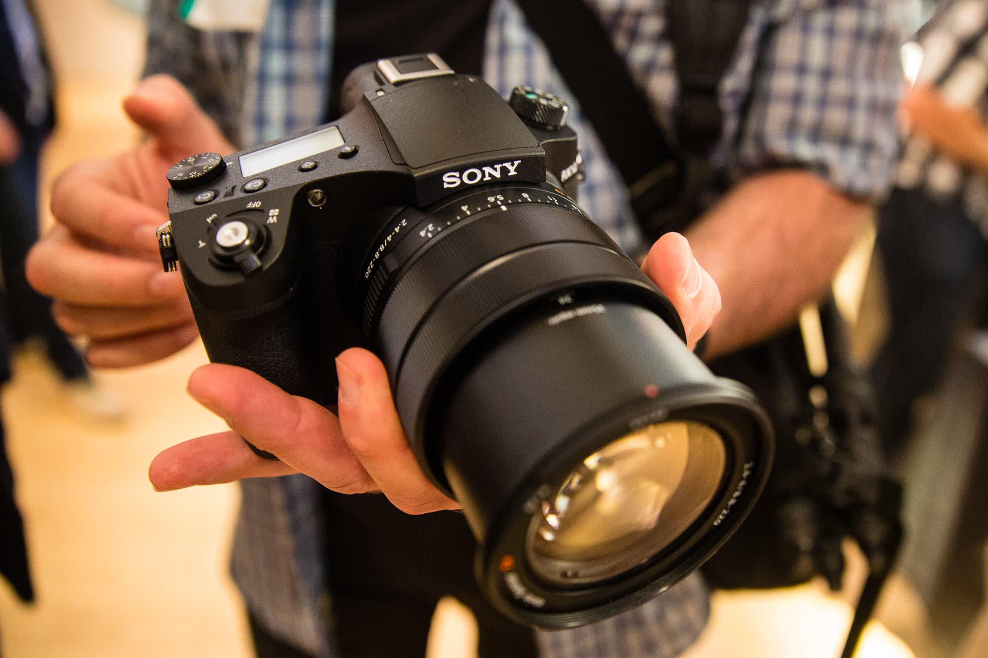First Impressions: Sony RX10 IV