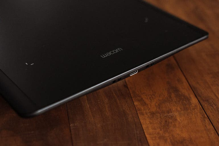 Review: Wacom Intuos Pro (Medium) from a Professional