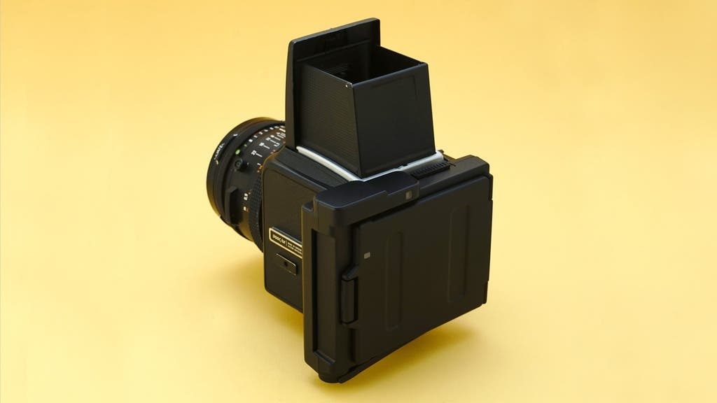 Your Hasselblad V Camera Can Shoot Fujifilm Instax Square With This Back