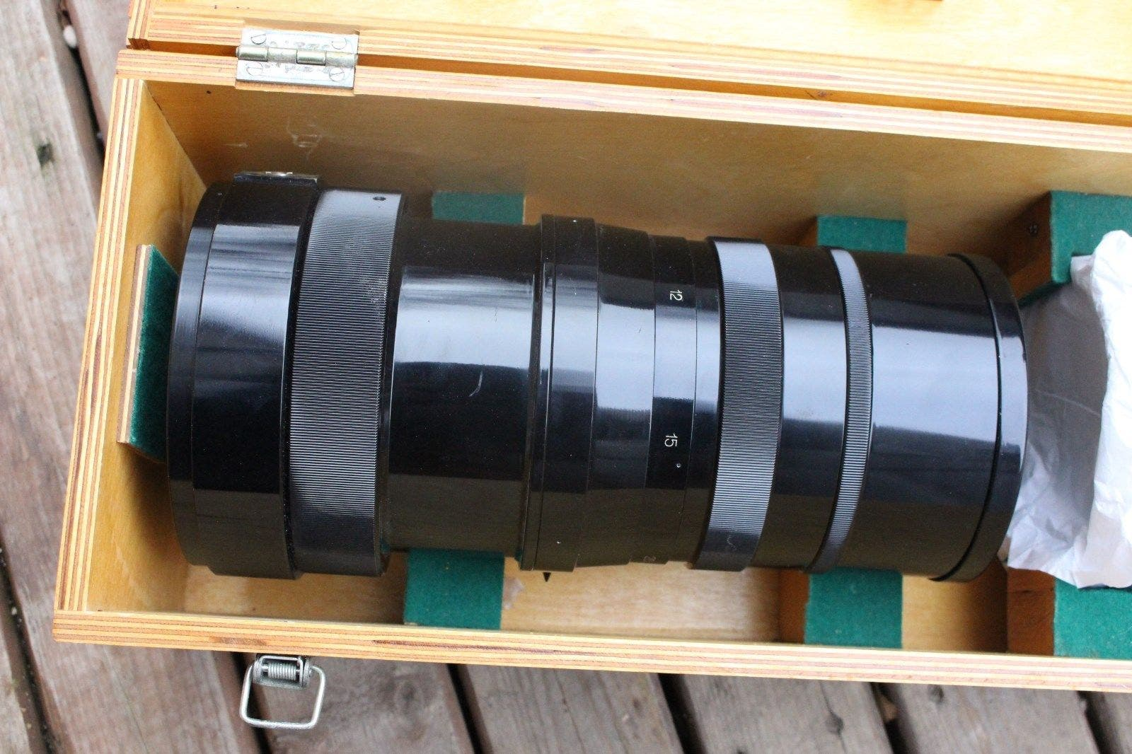 This Massive 1000mm f10 Russian Lens Has Slots for Color Filters and a Big Case