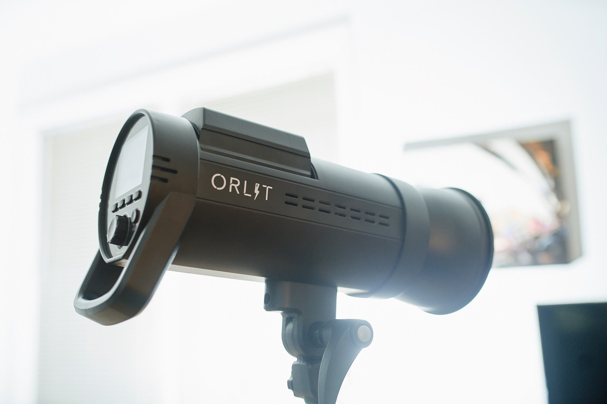 Review: ORLIT RoveLight RT 610 TTL Monolight with On Board Power (Sony)