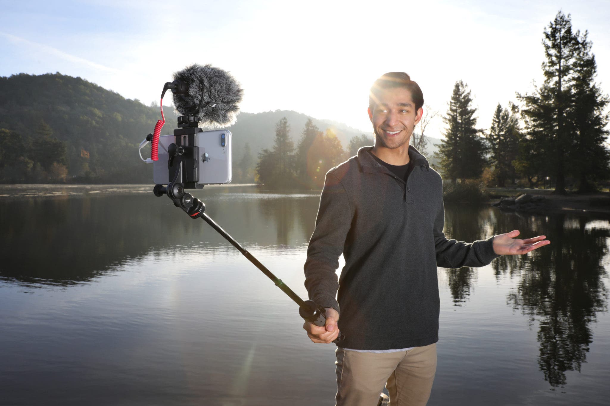 Joby Unveils New GripTight PRO TelePod for Mobile Video Enthusiasts