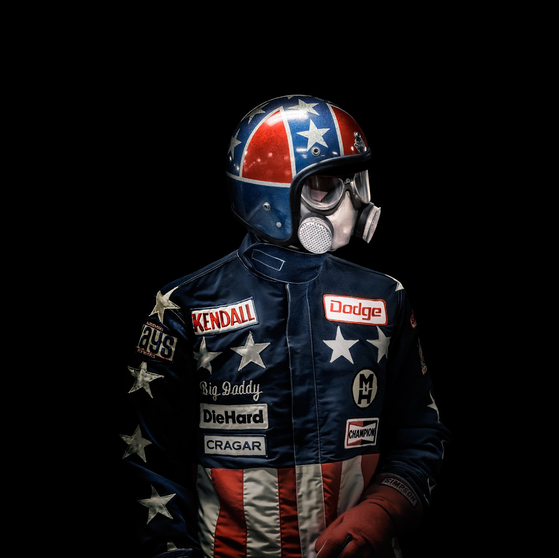 "These ""Dragster Driver"" Portraits Make Them Look Like Super Heroes"