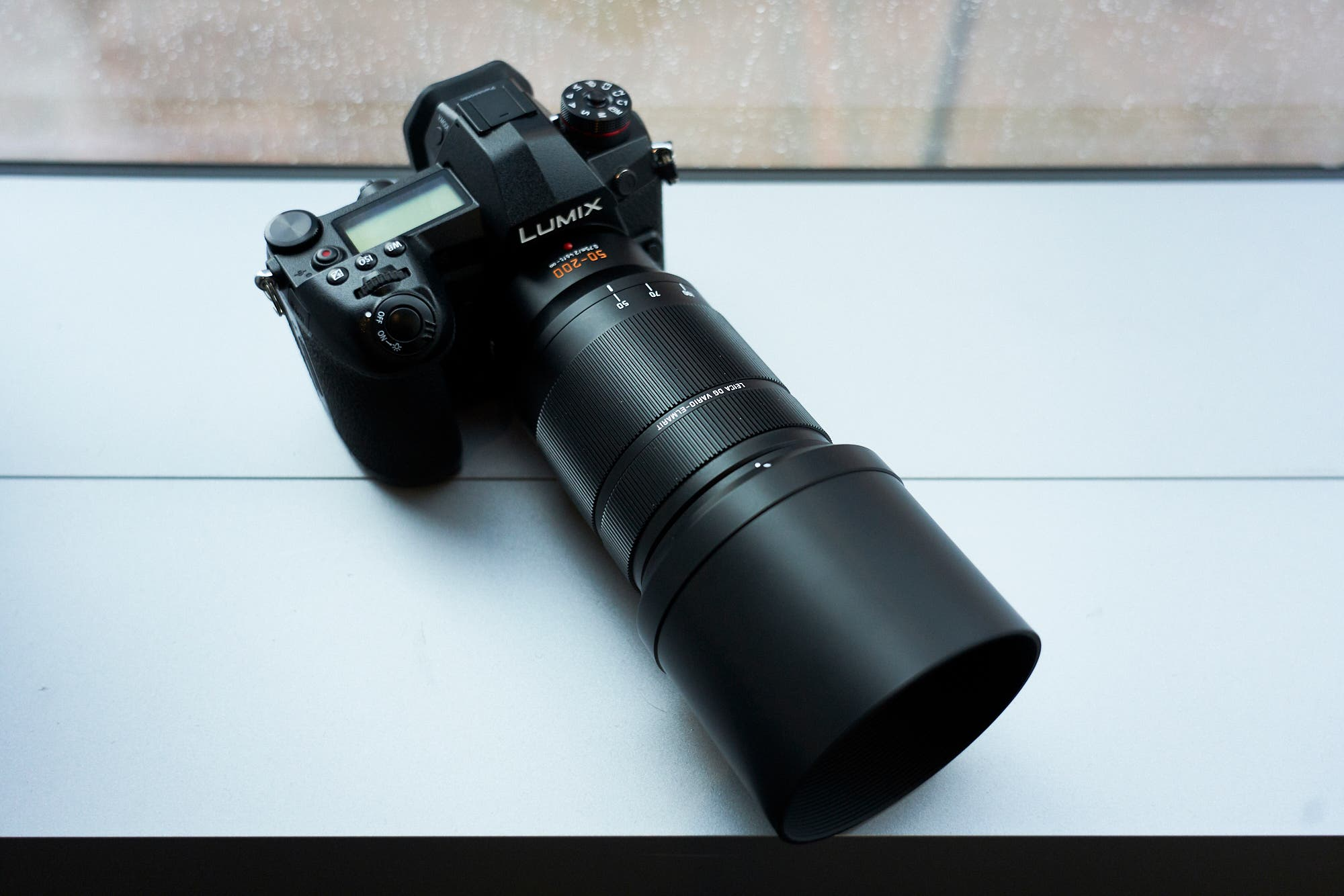 The Panasonic 50 200mm F28 40 Asph Is Quite Superzoom Leica Dg Elmarit F 28 Power Ois Lens 1 Dual Can Be Used With Lumix Gx9 Gx8 And Gx80 85 2 Is2 G9 Gh5 G80 G81 G85 3 To Sold Separately As Optional