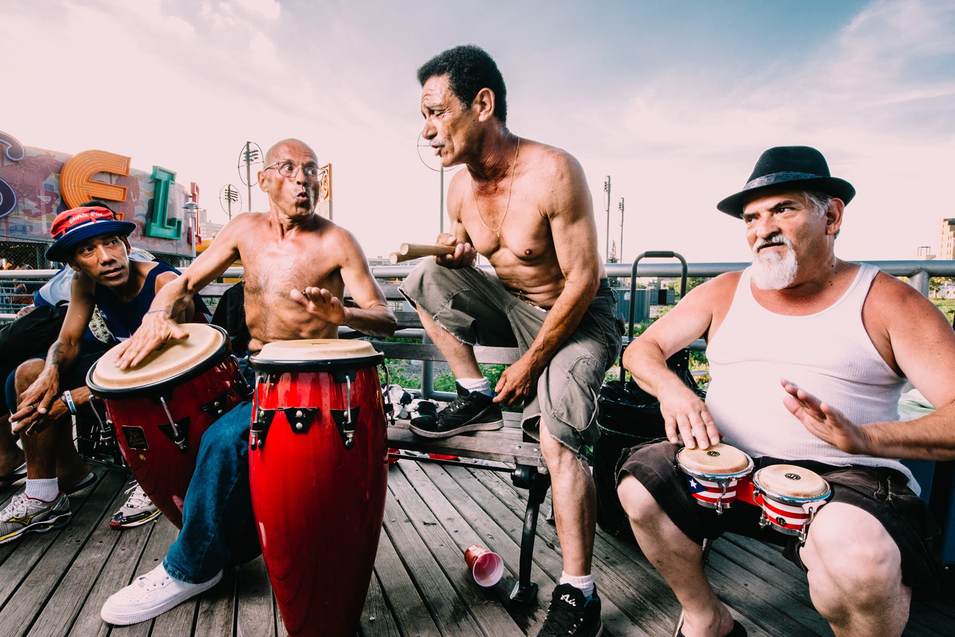 Dimitri Mais' Portraits of Strangers Show Vibrant Life on Coney Island Boardwalk